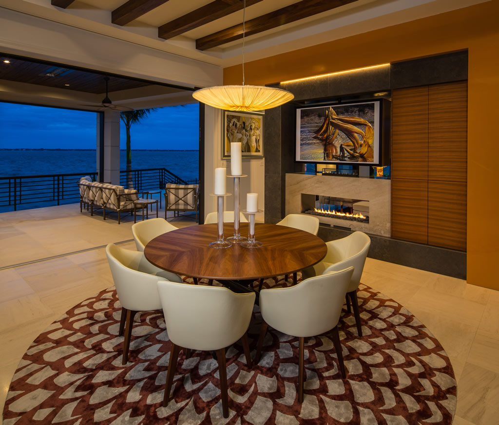 Family Room - Modenr Home Sarasota Florida